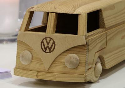 Houten Volkswagen T1